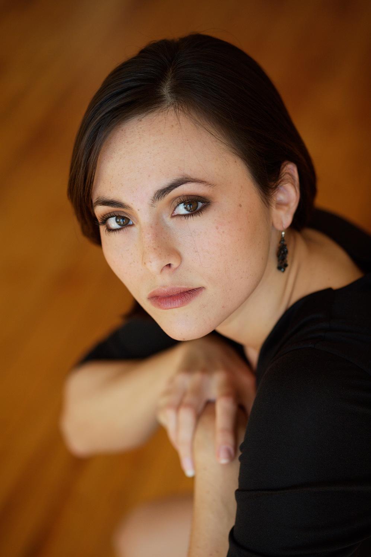 Isabel Leonard
